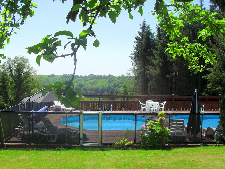 HEATED pools with the most stunning views!