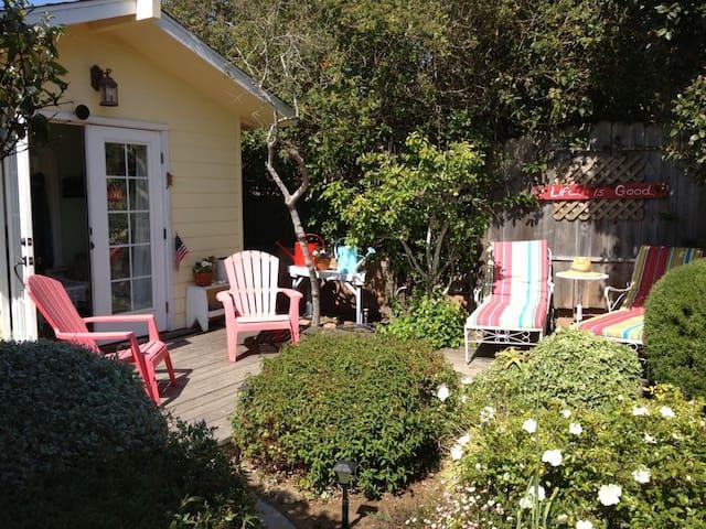 Baywood Cottage, Private Garden