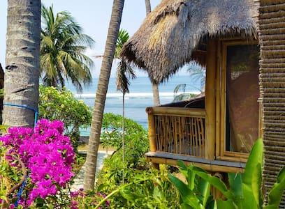 Bali Beach House by the Sea - Manggis - Rumah