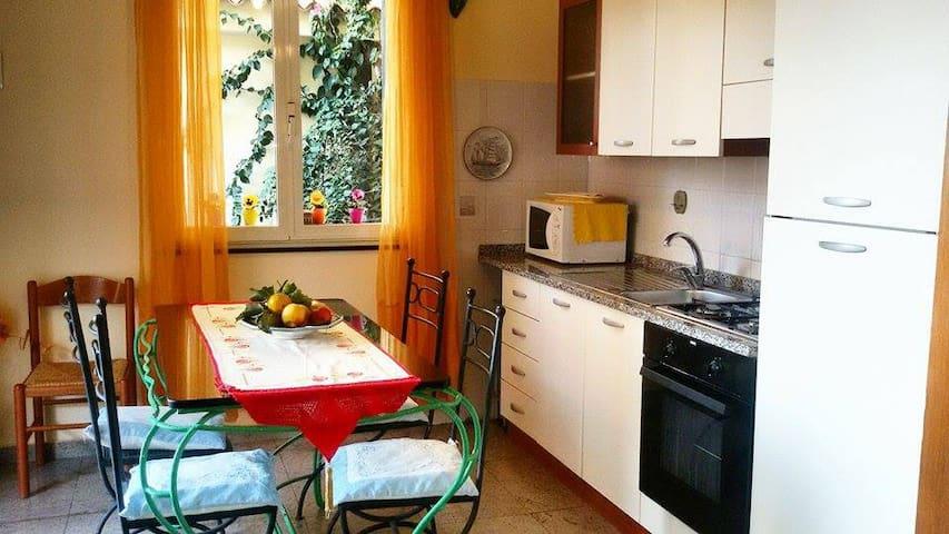 casa vacanza il glicine a Letojanni