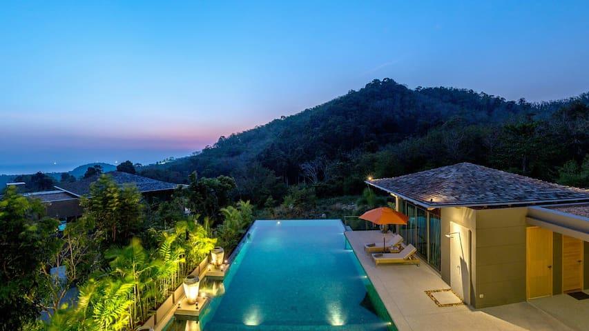 Amazing 7 Bedroom Layan Beach Luxury Villa