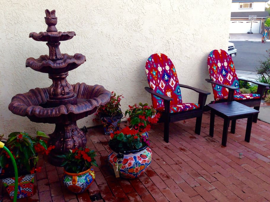 Front Patio seating with water fountain