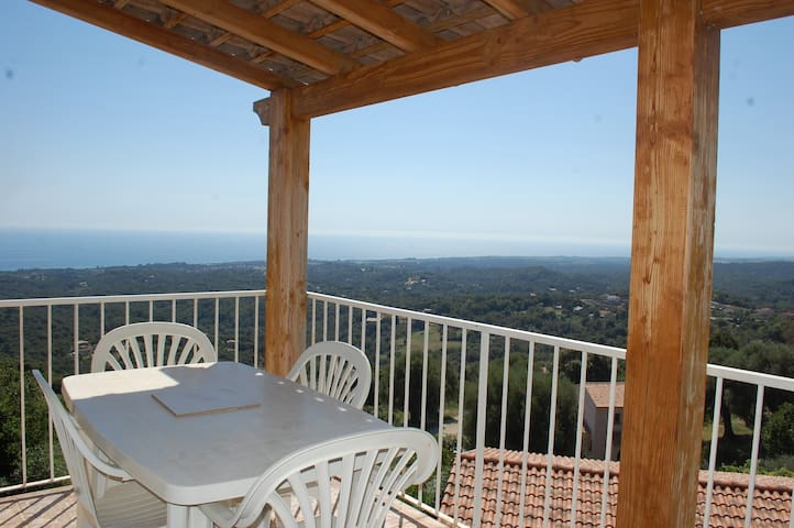 T3 terrasse vue mer/mont 8mn plages - valle di campoloro - Apartament