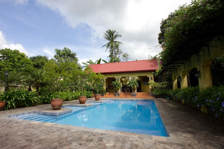 The Sweet Hideaway - Villa Severino - Cavite City - Villa