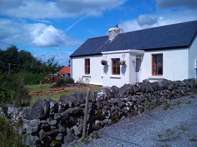 Connors Retreat  - Roscommon - Cabin