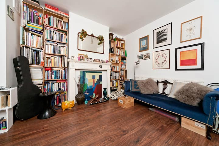 Quiet Cosy Flat in Leafy Chiswick