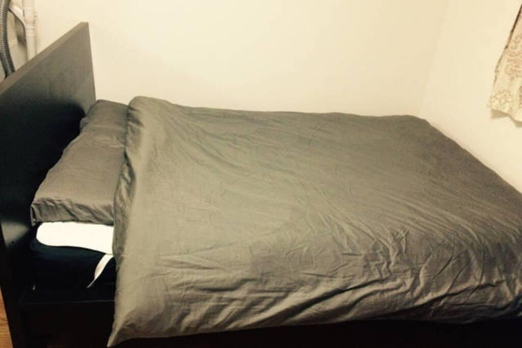 キングサイズのベッドです。King is a bed of size.