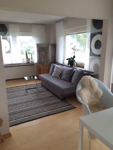 Gemütliche Dachgeschoss-Wohnung - Marienheide - Appartement