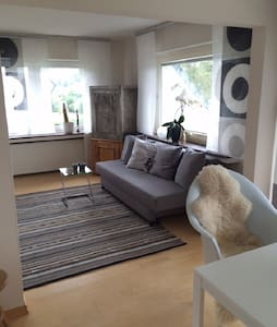 Gemütliche Dachgeschoss-Wohnung - Apartamento