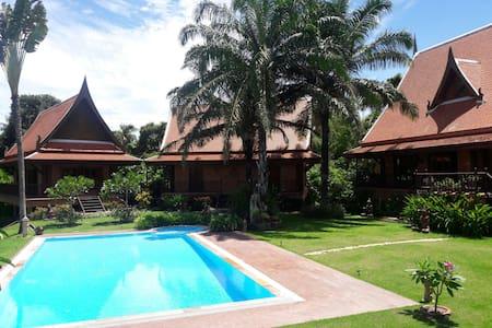 A secret hide away,East Pattaya. - Banglamung