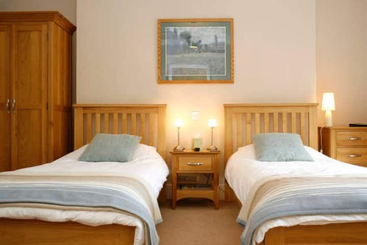 The Old Rectory B&B - Twin Room