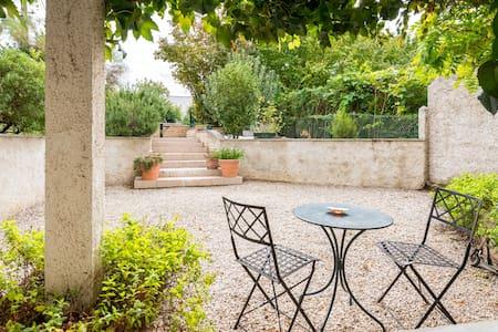 T2 Rez de jardin ds villa/piscine - Caluire-et-Cuire