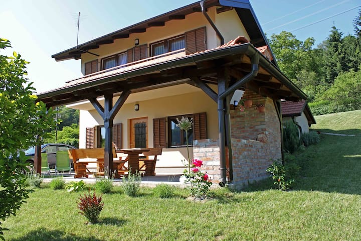 Cozy countryside house EMA - Tuheljske Toplice