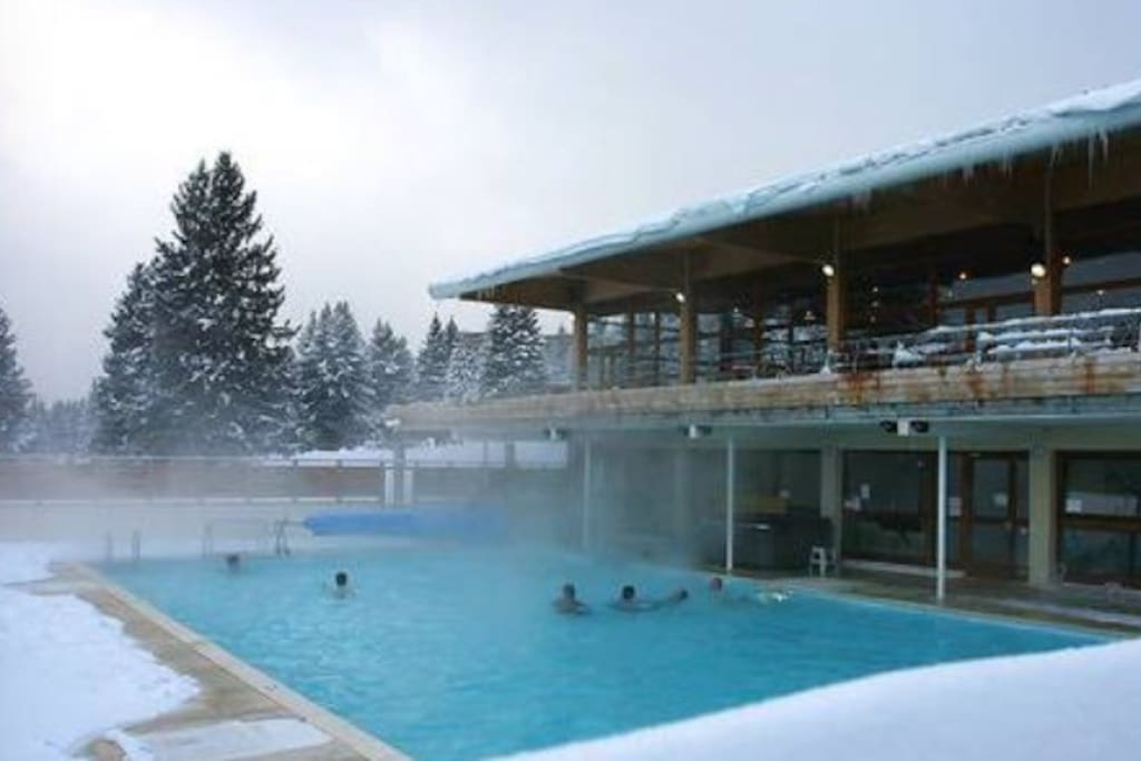 t3 standing piscine jacuzzi fitness apartments for rent