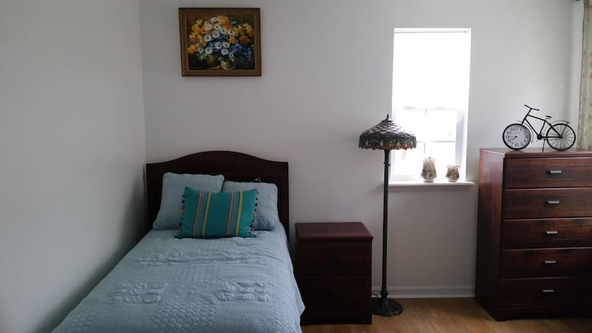 Nice bedroom in new house near UCF - Orlando - Hus