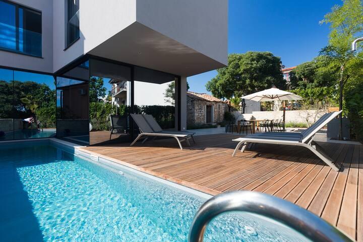 Hello sunshine - Villa M, Mugeba