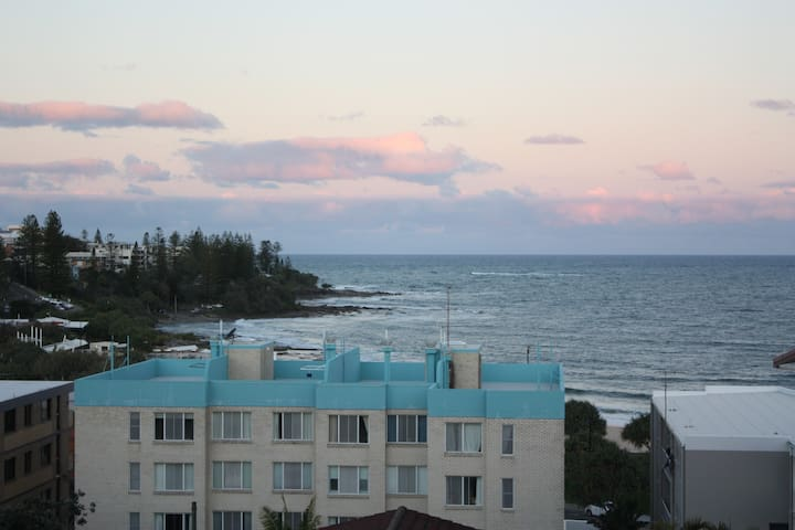 Kings Beach 3 Bed Apt Ocean Views