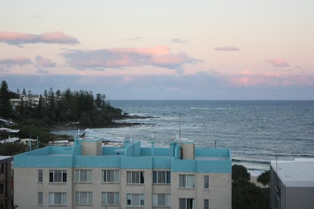 Kings Beach 3 Bed Apt Ocean Views - Kings Beach - Flat
