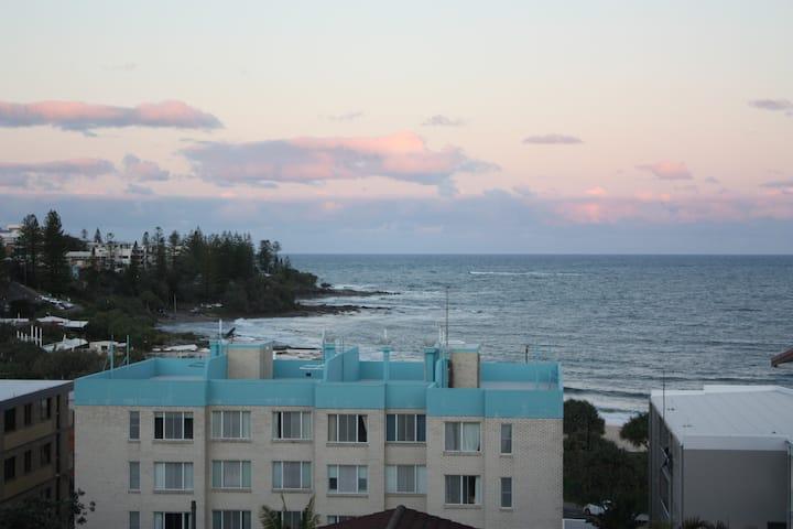 Kings Beach 3 Bed Apt Ocean Views