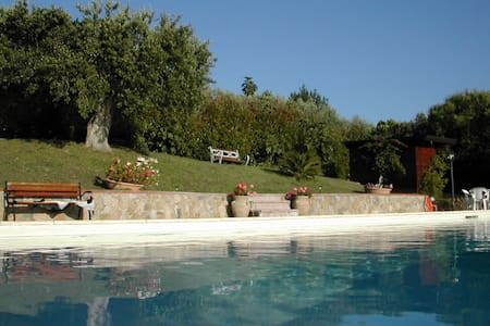 Beautiful villa with pool - Terzerie-ficocelle
