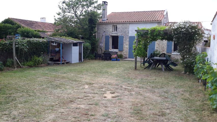 charmante maison de pays - Saint-Pierre-d'Oléron - Rumah
