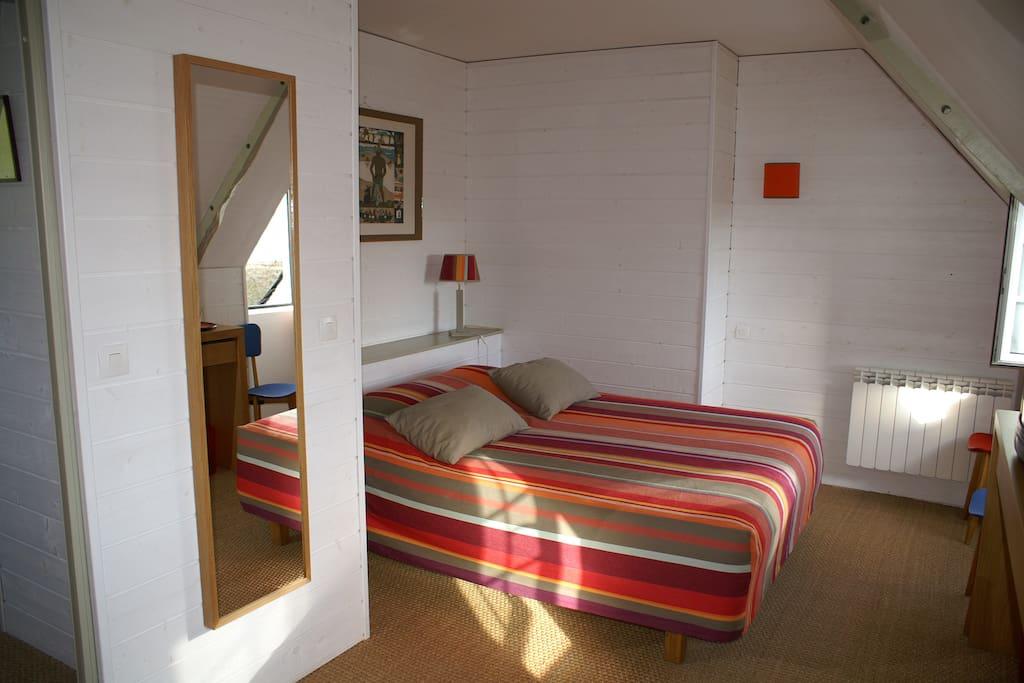 Très jolie chambre lumineuse avec magnifique vue