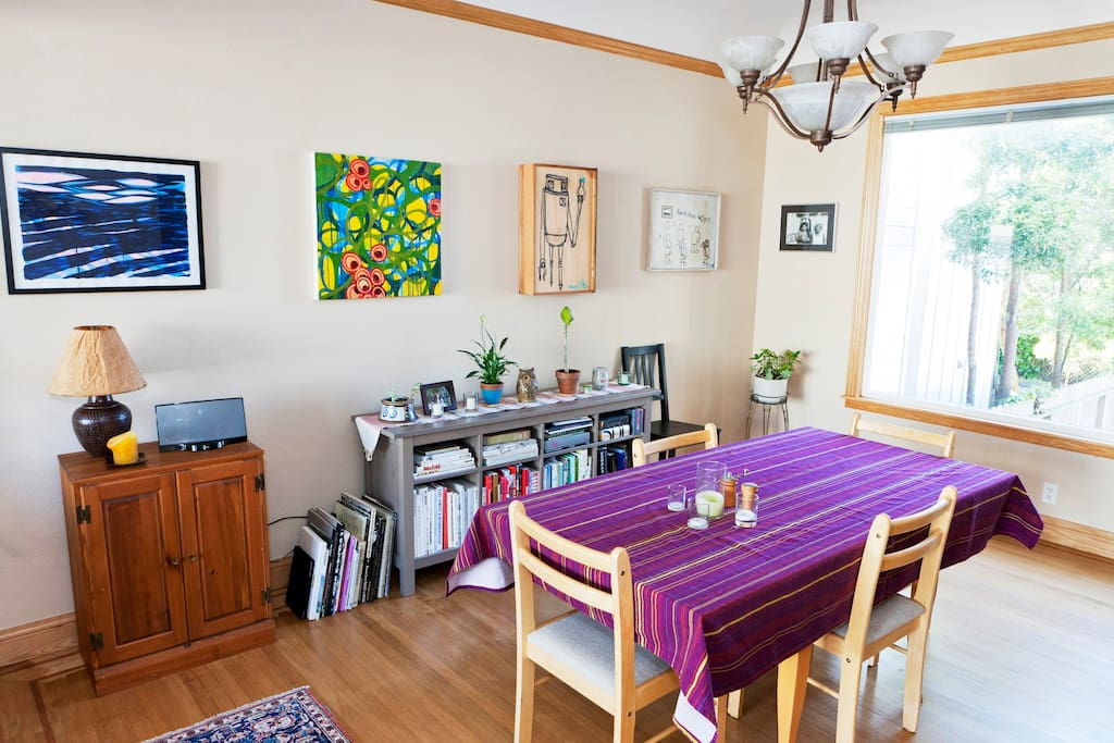 Dining room with kitchen table that comfortably seats 6.