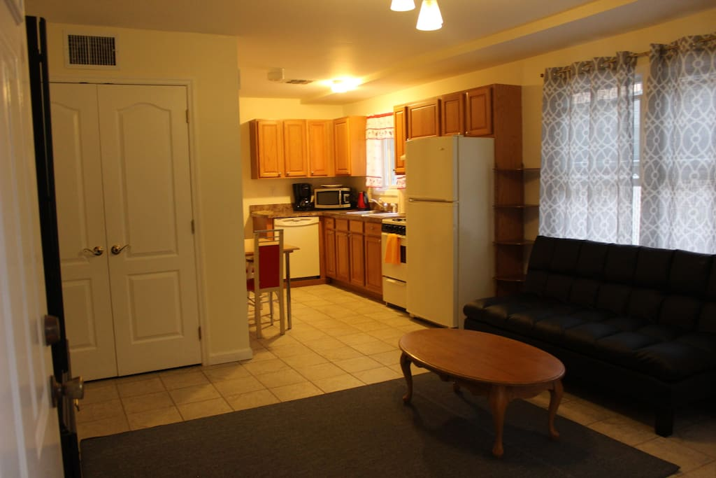 Two Bus Stops To World Trade Center Apartments For Rent In Staten Island New York United States