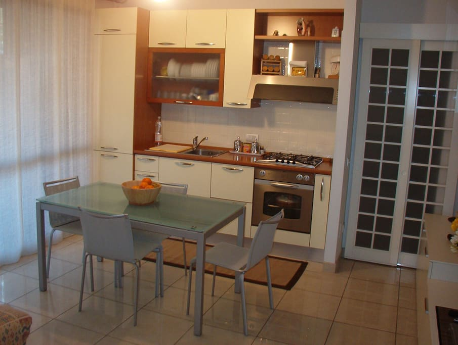 Kitchenette & Living room