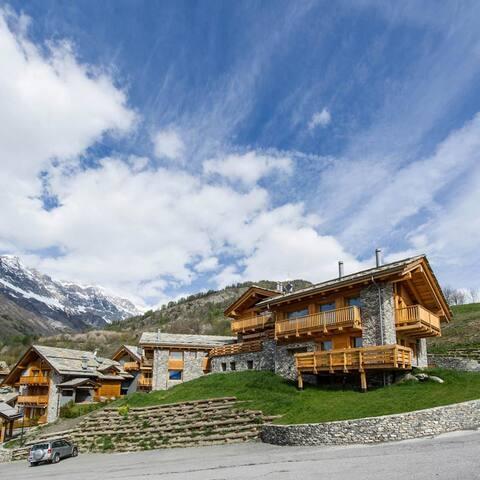 Chalet Vista mozzafiato sulle Alpi - Bardonecchia - Almhütte