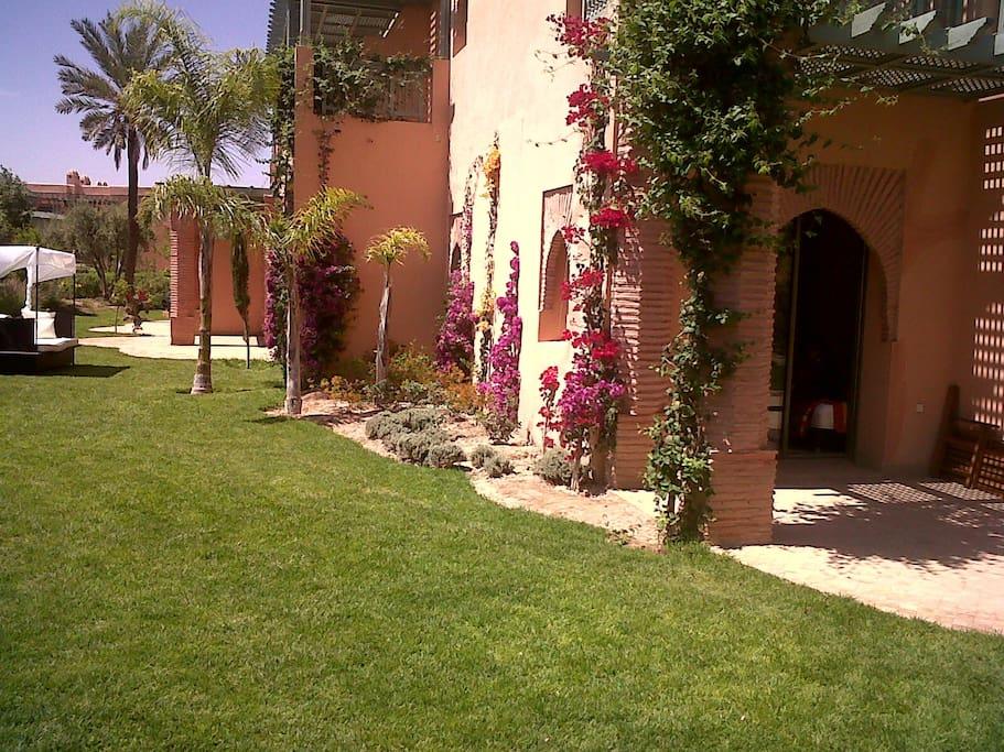 3 Balcons donnant sur le Jardin