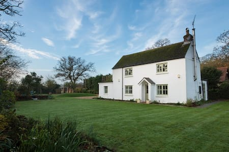 Award Winning New Forest Luxury Family Cottage - Hampshire - Дом