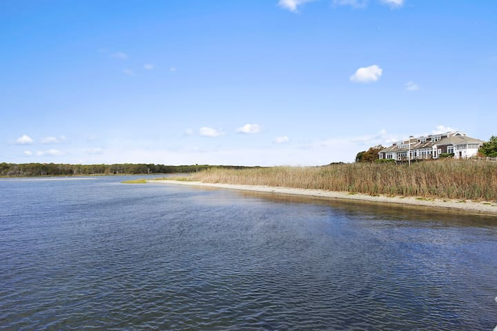 Beautiful house with private beach and tennis - East Moriches - Casa