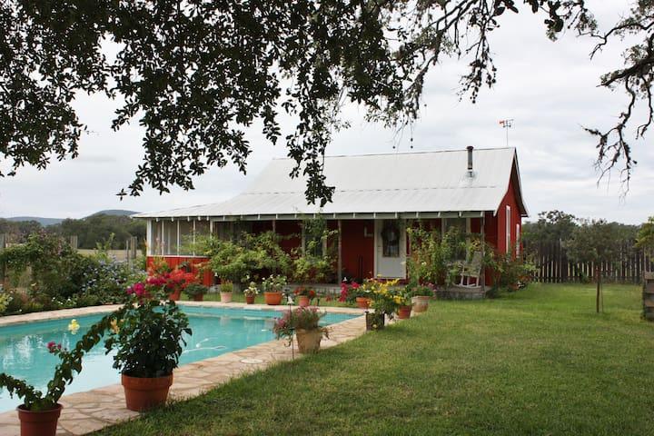 Majestic Oaks Farm - Old House - Tarpley - House