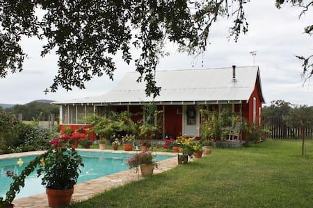 Majestic Oaks Farm - Old House - Tarpley
