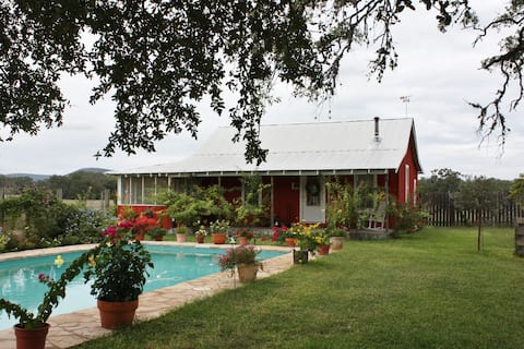 Majestic Oaks Farm  | Old House | Bandera | Pool