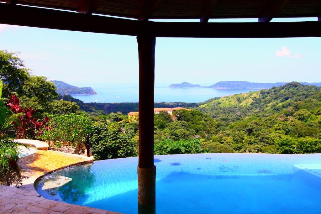 Looking across the infinity pool towards Panama Bay below