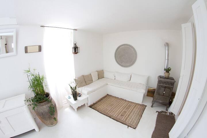 Le petit salon accès au Hammam.
