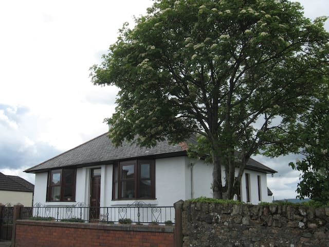 Viewforth - Pet friendly self catering Scotland