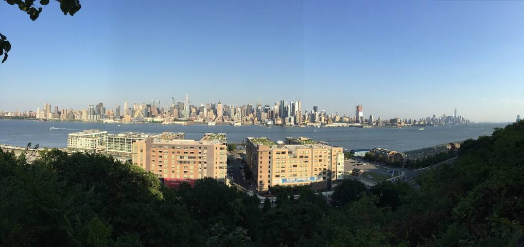 Spacious home, 15 minutes from NYC - Weehawken - Haus