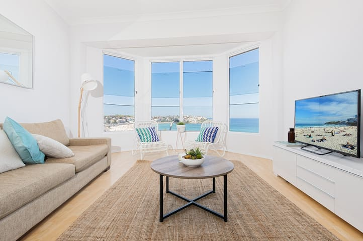 Bondi Beach Apartment With A View Apartments For Rent In Bondi Beach New South Wales Australia