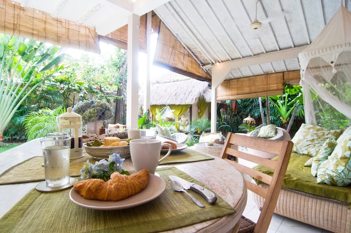 breaky at Casa Mia Bnb