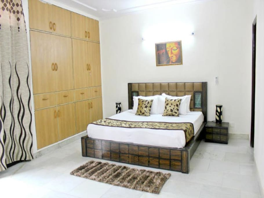 "Second Bedroom with King Bed and 8"" Premium Mattress"