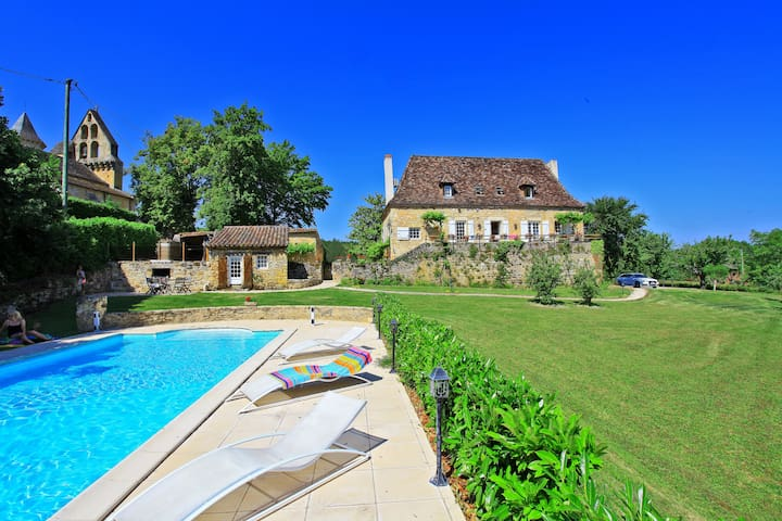 THE RECTORY 16 CENTERY 5 STARS - Saint-Julien-de-Lampon - Casa