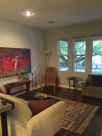 Logan Square bedroom with bathroom - Chicago