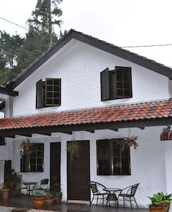 "Family ""Chalet Room No 2"" Cameron Highlands - Tanah Rata"