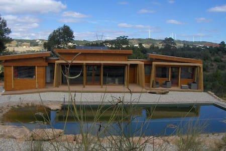 Your Ecohouse & Biopool near Lisbon - Almagra, Carvoeira, Torres Vedras - 獨棟