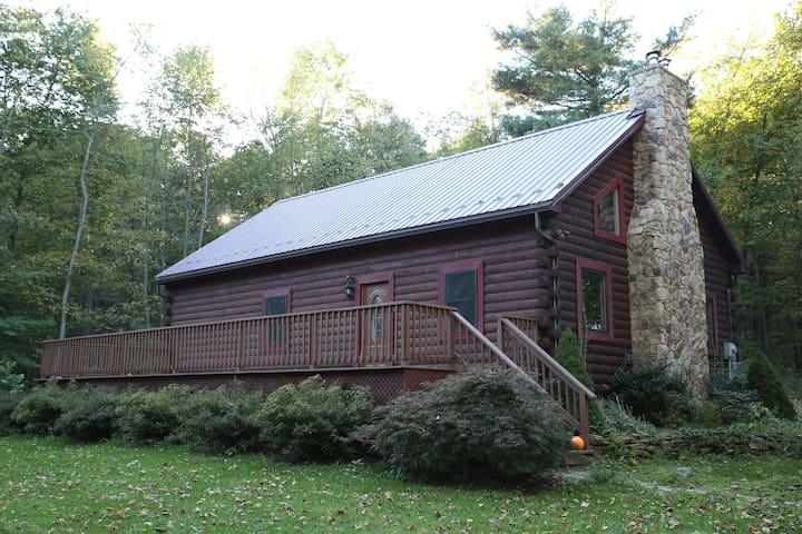 The Rogowski Cabin - Alexandria - Rumah
