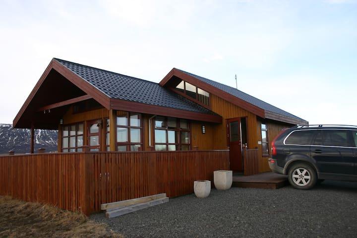 Syðri Reykir Cottage - Reykholt - Cabaña