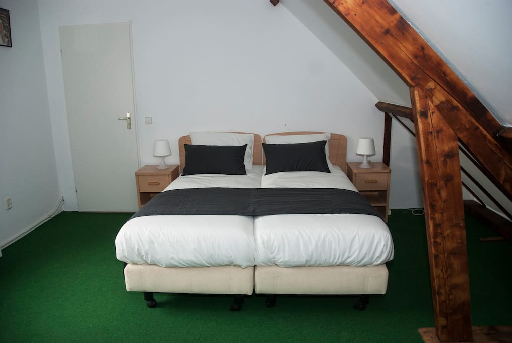 Airbnb Bed And Breakfast Amsterdam